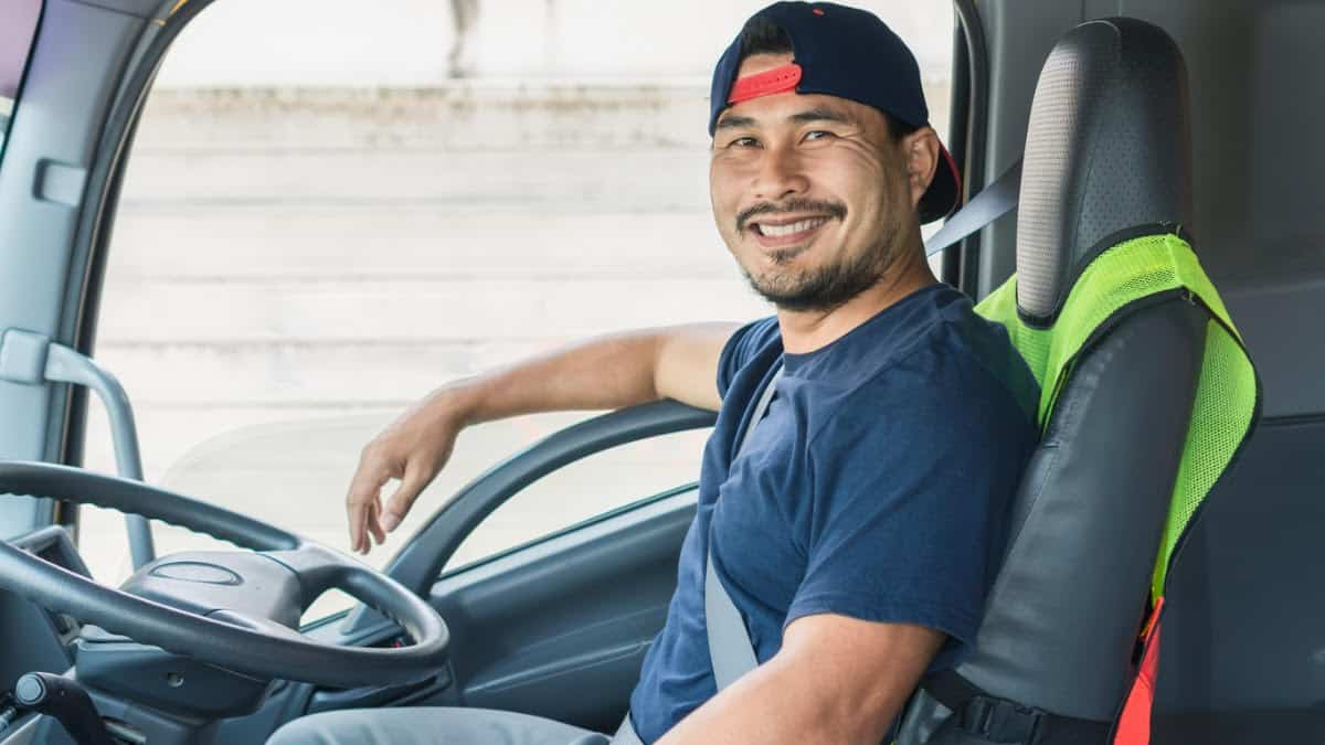 3 Reasons to Hire Entry-Level CDL Drivers in 2021